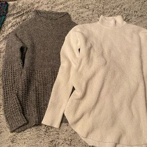 2 American Eagle sweaters